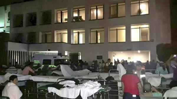 Земетресението в Мексико е катастрофално, жертвите се множат (СНИМКИ)