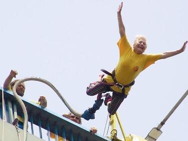 82-годишна скочи с бънджи във Варна
