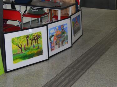 Детски рисунки ще украсят Централна гара София