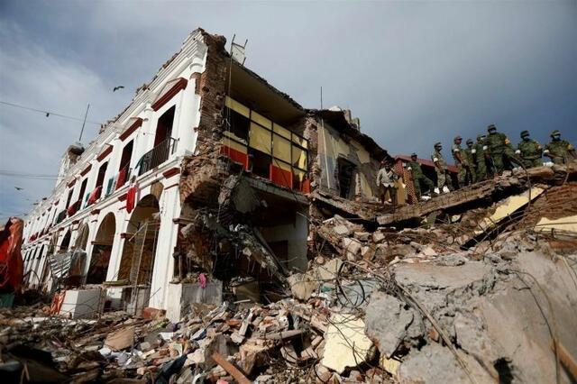 Жертвите на земетресението в Мексико растат, вече са 282 (СНИМКИ)