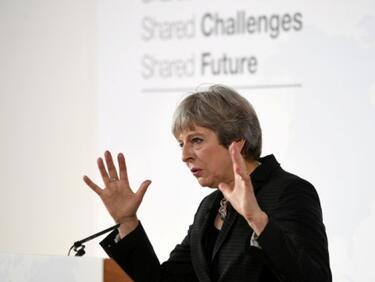 Тереза Мей иска да протака Брекзит до март 2021 г.