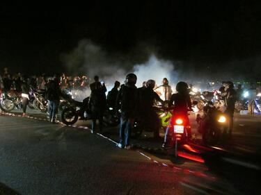 Хиляди мотори на нощно шествие в София