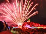 Над 10 000 отбелязаха Деня на Независимостта под Царевец (СНИМКИ)