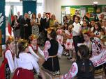 Радев: Държавата да се рекламира с имената на успелите в чужбина българи (СНИМКИ)