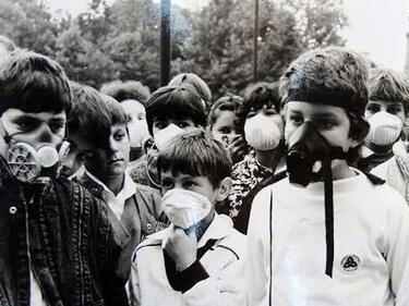 30 години вече Русе се бори за въздух (СНИМКИ)