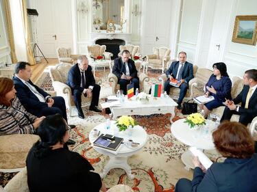 Ще си доставяме взаимно ток при кризи с румънците