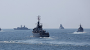 Букурещ иска още кораби на НАТО в Черно море