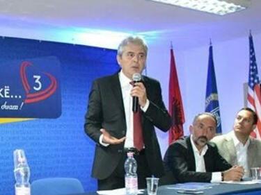 От Скопие: Албанец зове да не се пипат границите на Косово