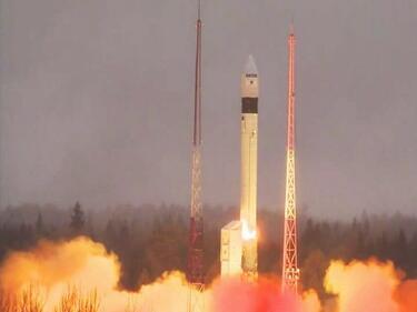 Русия изстреля европейски спътник за еконаблюдение на Земята (ВИДЕО)