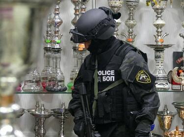 Арестуваха джихадистки командир при спецакция в София (СНИМКИ/ВИДЕО)