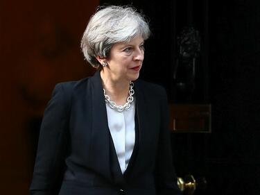 Тереза Мей: Първо сделката с ЕС, после сметката за развода