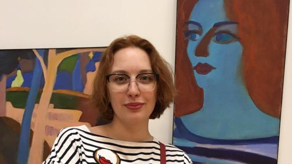 Снимка: Наръганата руска журналистка започна да се подобрява