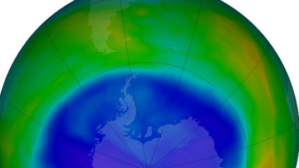 Озоновата дупка над Антарктидае най-малка от 1988 г., съобщиНАСА, цитирана