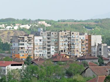 1 млн. жилища стоят празни, а цените не падат