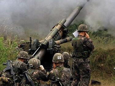 Севернокорейски войници простреляха свой колега