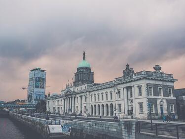 Дъблин: Лондон се отметна от договорката за граница в Ирландия