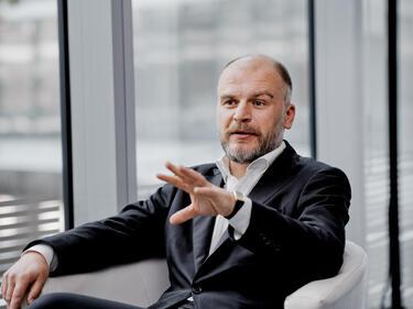 Мартин Орнас-Кубацки: Сателитната телевизия не конкурира кабелната, а я допълва