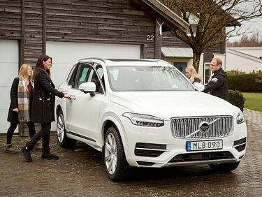 Семейства започват реални тестове на автономни автомобили Volvo