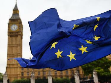 Лондон гласува закона за излизане от ЕС