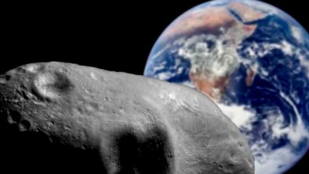 Гигантски астероид, чийто размер са съпоставим с тези на знаменития