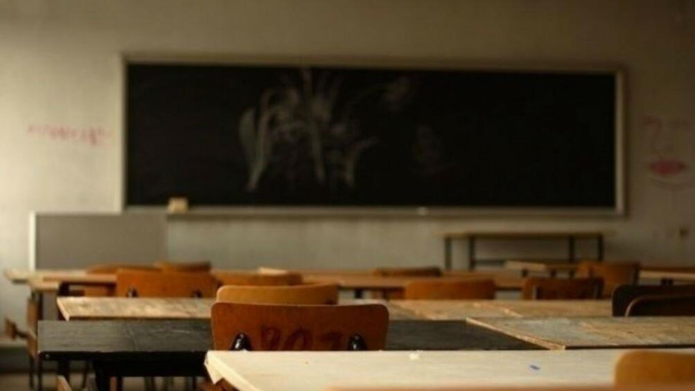 Поради висока заболеваемост в 142 училища в страната днес няма