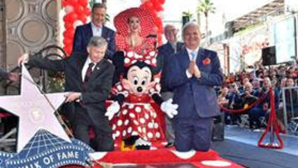 Мини Маус вече има официална звезда на Холивудската алея на