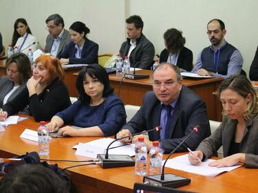 Бизнесът се отказва от протест и оставка на Теменужка Петкова
