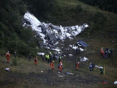 Намериха двете черни кутии на разбилия се самолет в Русия