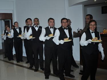 В хотели и ресторанти работят за най-малко пари