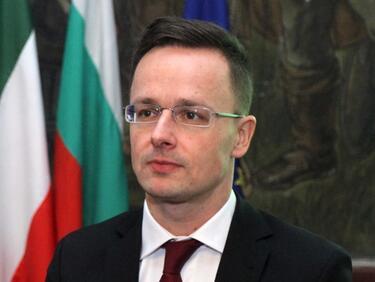Унгария притиска Украйна да не прилага закона за езиците