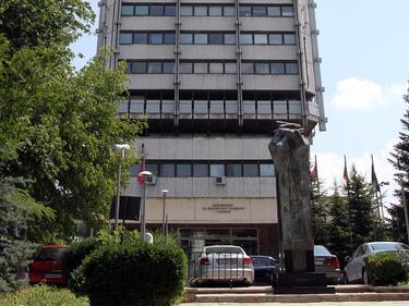 Синдикати искат фонд за спасяване на болниците