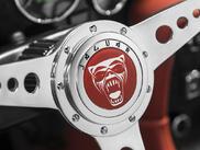 Уникален класически Jaguar за барабаниста на Iron Maiden (ГАЛЕРИЯ)