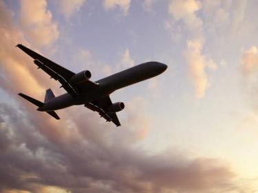 Забраняват самолетите където се стреля с противоградни ракети