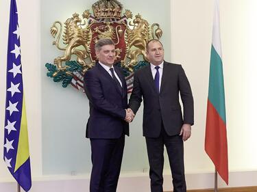 Искаме по-широко сътрудничество с Сараево в отбраната и сигурността
