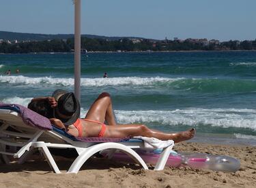 Първите чужди туристи вече са на морето