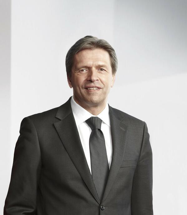 Компанията Гебрюдер Вайс обявява наследника на Волфганг Ниснер