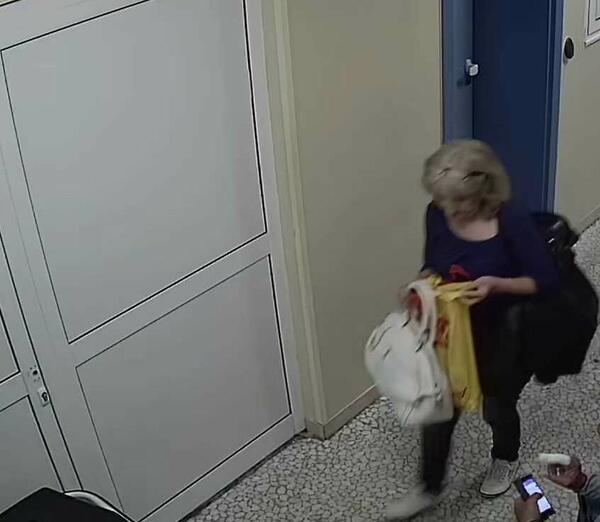 Полицията издирва крадла (СНИМКА)