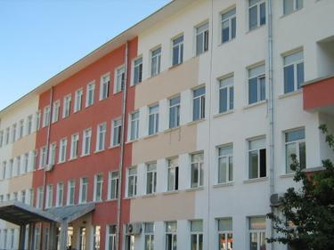 Реанимацията в болницата във Враца отново работи