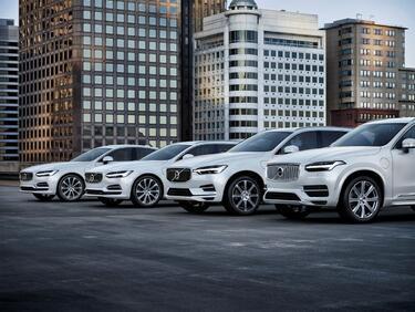 Първо Volvo без дизелов двигател
