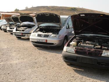 Планират мярка срещу старите коли