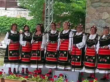 1500 изпълнители превърнаха Арбанаси в столица на българщината