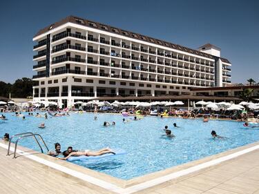 Искаме от Турция информация за загинало наше дете в курорт