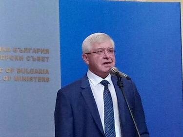 Ананиев предлага два нови модела за здравеопазването в България