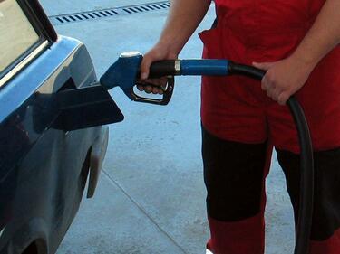 Въпреки протестите, депутатите приеха промените в закона за горивата