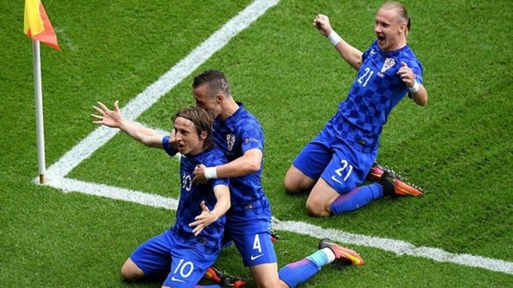 Въпреки че хърватският отбор загуби от Франция, в Загреб настроението
