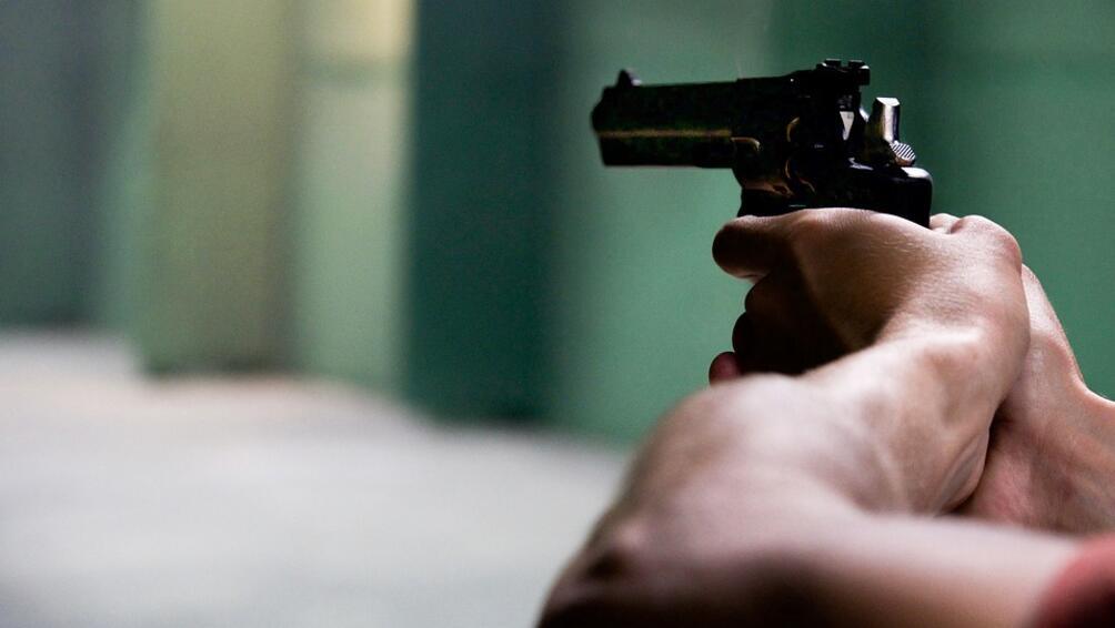 Снимка: Психолог коментира стрелбата в подлез в София