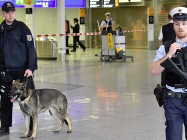 Евакуация на летището във Франкфурт