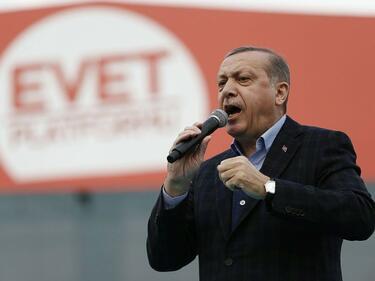 Ердоган предлага необичайни мерки за справяне с кризата