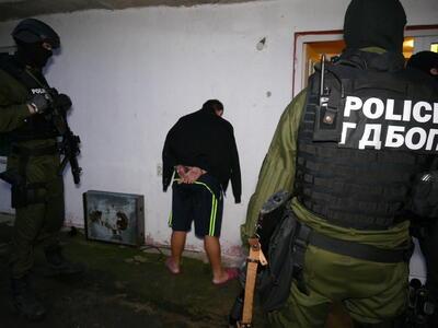 Мащабна акция срещу нелегални мигранти край София