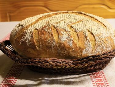 Хлябът поскъпна в няколко града в страната